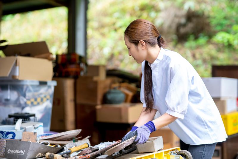 女性スタッフも近江屋古民芸館は昭和50年に創業。